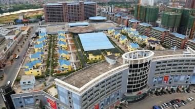 hengyang-chn-villas-on-rooftop-shoppingmall-2013