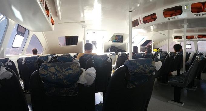 Catamarã de Salvador a Morro de SP