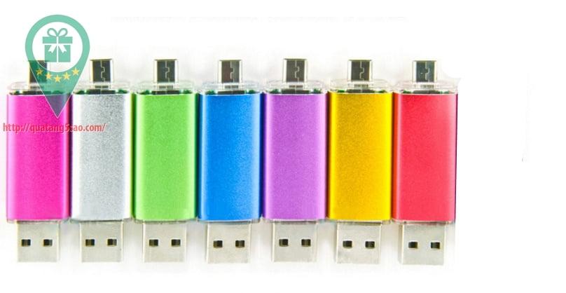 USB qua tang USB gia re Mau 08 06