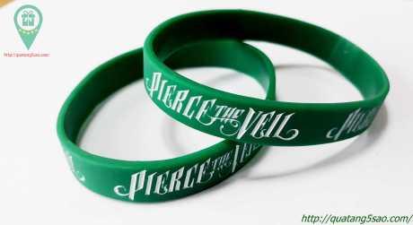 Vòng tay cao su dành cho Fanclub của Pierce The Veil