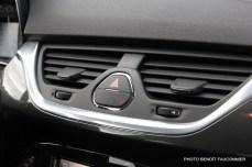 Opel Corsa 1.0 115 Ecotec Cosmo (21)