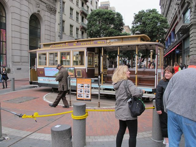 image of a trolley turn around in San Francisco