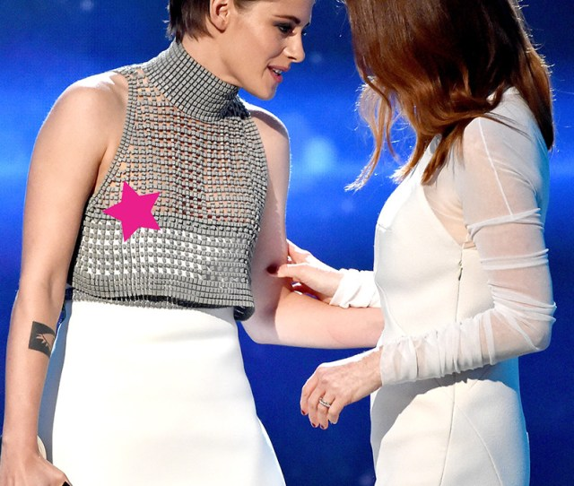 Celebrity Nip Slips Kristen Nipslip