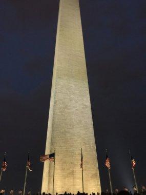 QUE.com.WashingtonDC.13.Monument.Night