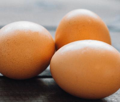 Volverían las 'gallinas de oro': Fenavi advierte alza en el precio del huevo