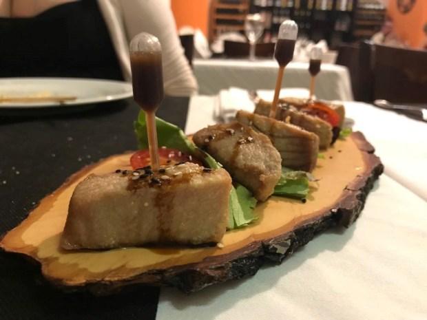 Atún con salsa de teriyaki