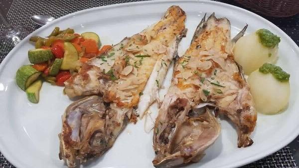 Plato de pescado frito
