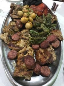 Parrillada de carne comida casera en Gran Canaria
