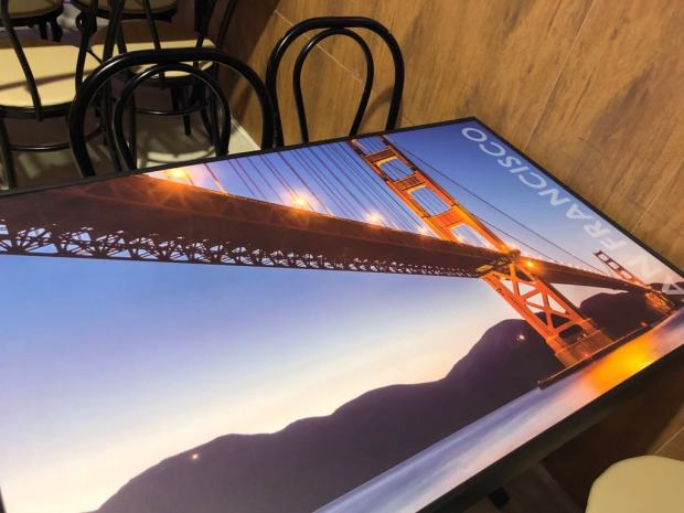 Mesa tematica Amerikana grill Puente San Francisco