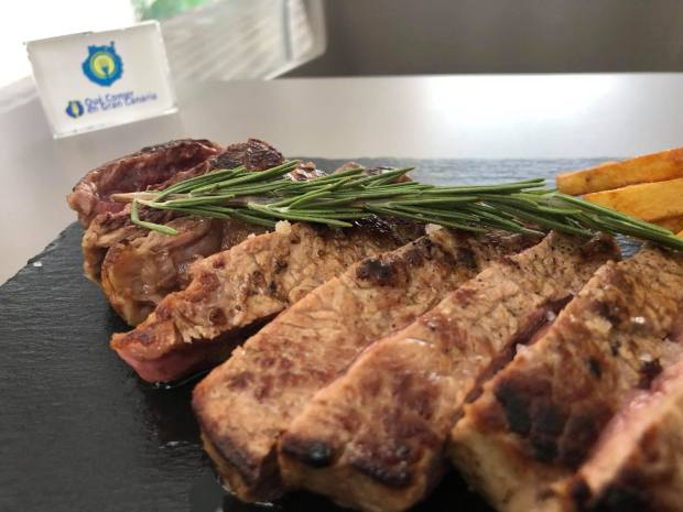 bife solomillo con romero comida internacional bistro mar arguineguin