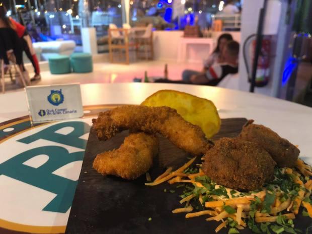 plato entrantes cocina y coctelería bahía blue 21 sotavento
