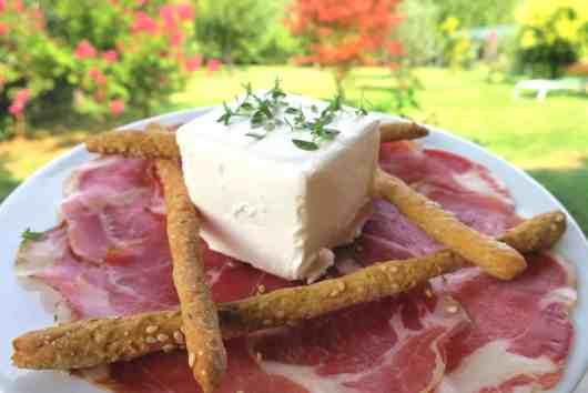 easy keto low carb sesame breadsticks
