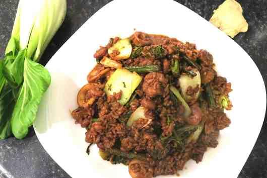 low carb seafood stir fry with konjac rice