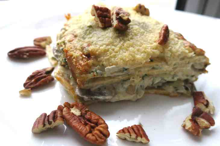 Low Carb Mushroom & Gorgonzola Lasagna