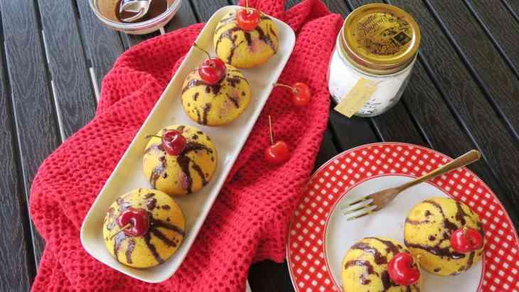 Keto Sugar Free Vanilla Cherry Cake Bombs