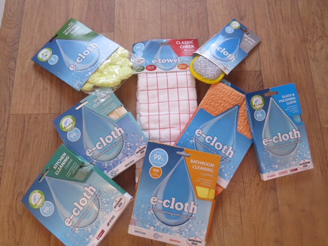 Chemical Free Cleaning using the e-cloth range