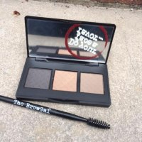 The BrowGal Convertible Brow Powder/Pomade Review