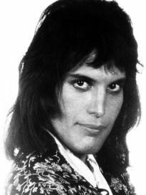 freddie-mercury-in-70s4