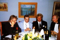 roger-taylor-freddie-mercury-rod-stewart-and-david-wigg-in-1990