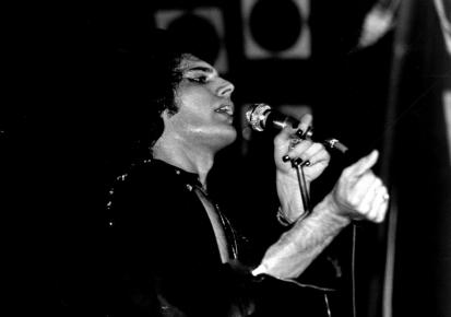 Freddie live in Brisbane '76