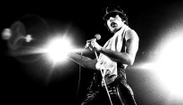 freddie-mercury-paris-1979