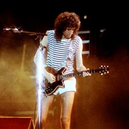 Brian live at knebworth 1986