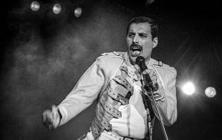 Freddie live in 1986