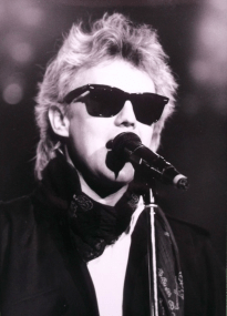 Roger in May 1988 (The Cross gig)