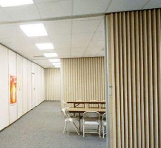 Accordion doors, accordion wall, bi fold doors, folding doors.