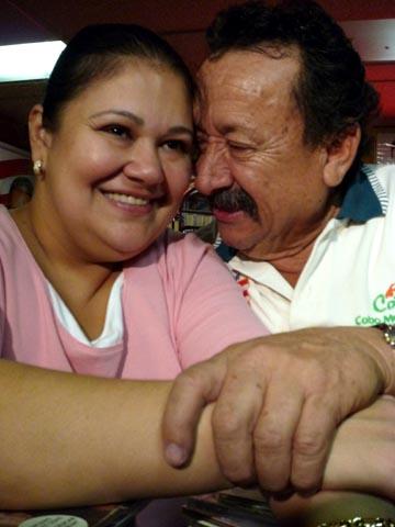 Los esposos Lidia y Humberto Corredor.