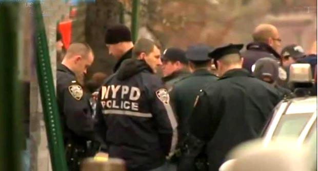 La policía en Nueva York está en alerta debido a continuas amenazas de muerte.
