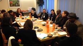 La reunión comunitaria de EmblemHeath en Queens. Foto Javier Castaño