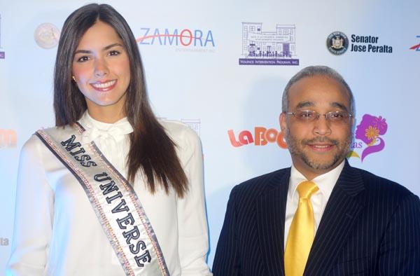Paulina Vega, Miss Universo 2015, y el senador demócrata José Peralta. Fotos Javier Castaño