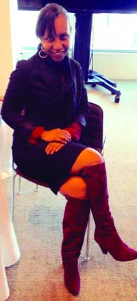 La cineasta indie Marisol González quien es parte de Red Shoe Movement.