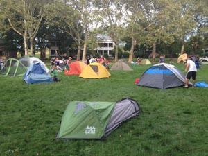 La zona para acampar en Governors Island. Foto Javier Castaño