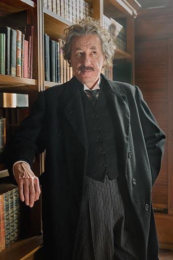 Geoffrey Rush como Albert Einstein en la obra Genius de National Geographic's. (Fotos: National Geographic/Dusan Martincek)