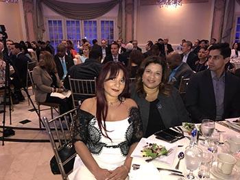 Durante el almuerzo fueron honradas Michell Rosa-Patruno de United Mortgage Corp. y Nancy Vargas-Johnson de Realty Connect USA.