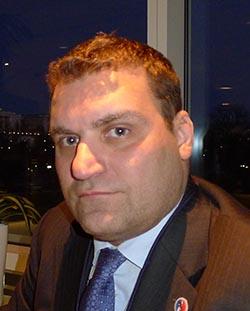 Frank García.