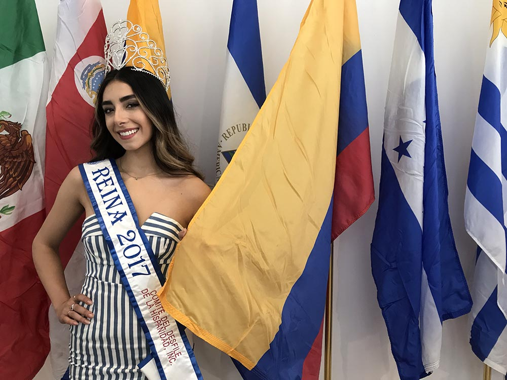 María Paula Rodríguez, reina del Desfile de la Hispanidad.
