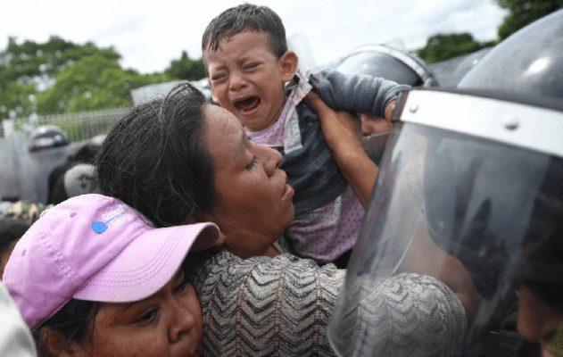 Trump limita el ingreso de menores en la frontera