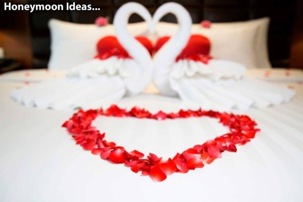 Unique Honeymoon ideas: Looking for romantic things to do on your honeymoon? Why not opt for a rose petal turndown?