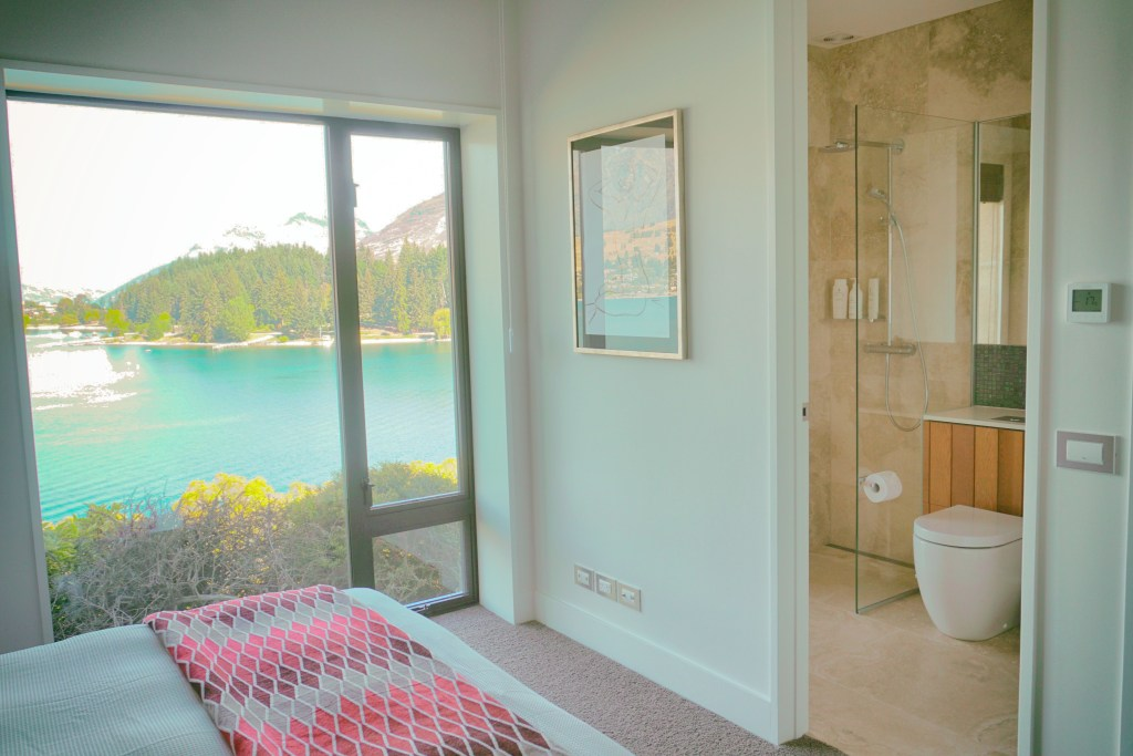 Luxury Accommodation in the Clouds at Lakehouse Joela