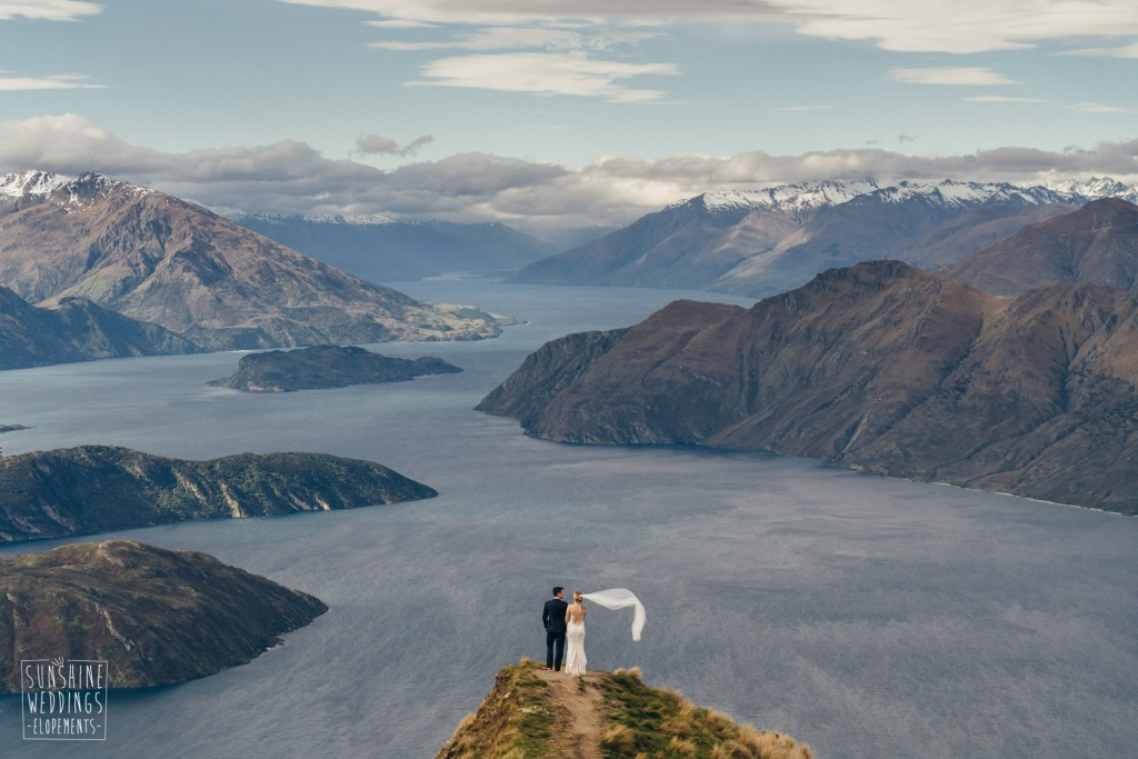 Coromandel Peak lake Wanaka wedding
