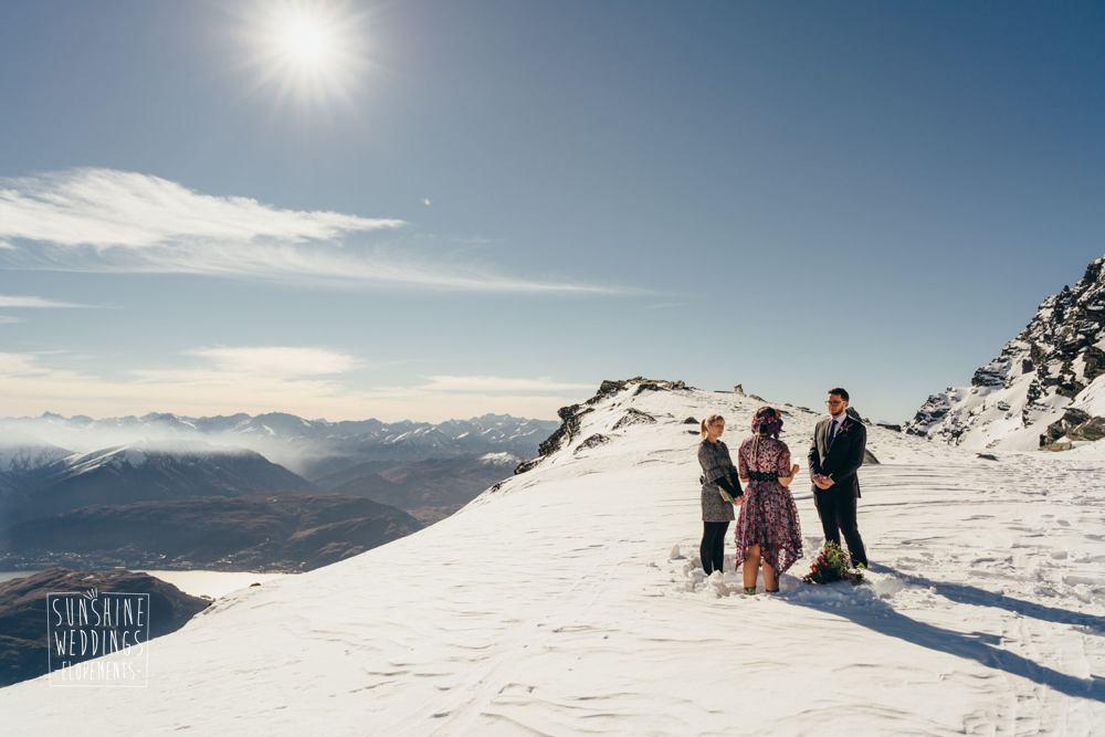 Mountain snow wedding Queenstown New Zealand