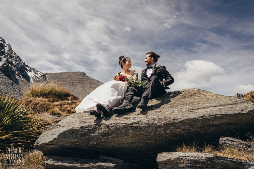 bride and groom mountains nz