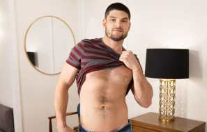 Sean Cody: Muscular newcomer Phillip jerks off and shoots two big loads