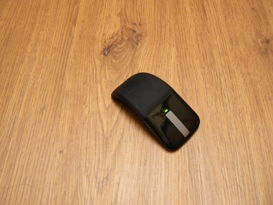 Microsoft Arc 2 Mouse. Photo by Jason Mueller/Jetspace.