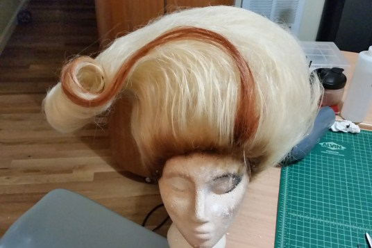 A wig styled by Pakio.