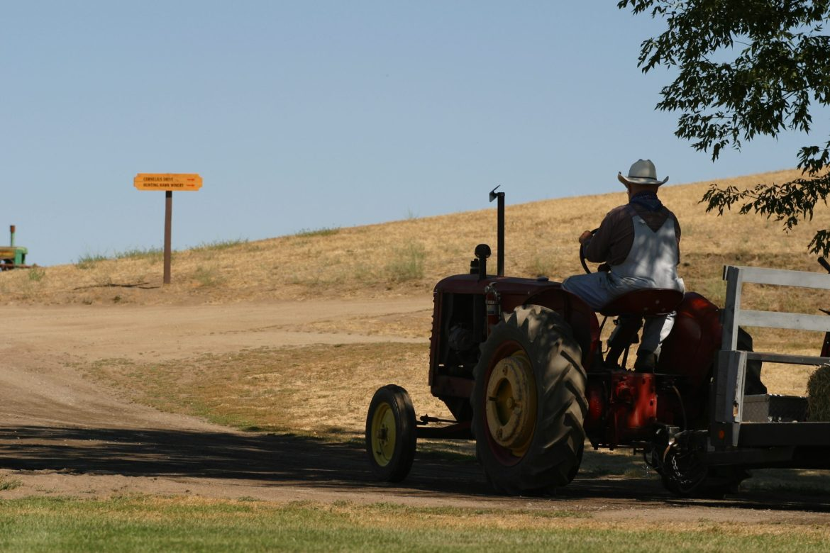 California Couple Sued RoundUp Manufacturer Monsanto and Got Awarded $87 Million