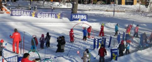 Skier en famille à Praloup